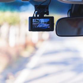ドライブレコーダー ドラレコ 【安全運転イメージ】
