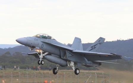 オーストラリア空軍のF/A18ホーネット戦闘機