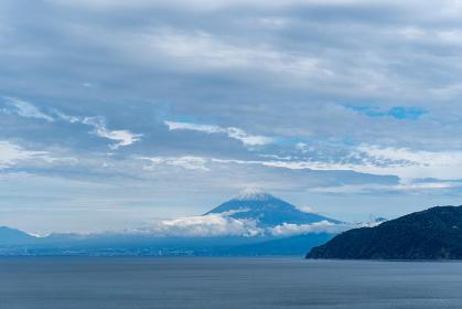 西伊豆から富士山を望む