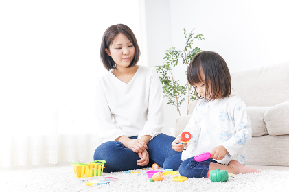子供 おもちゃ 遊び