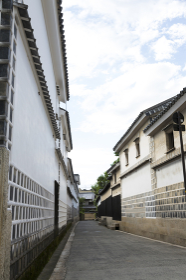 倉敷美観地区の白壁の街並み