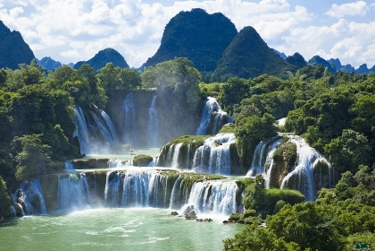 中国とベトナムの国境地帯 徳天滝