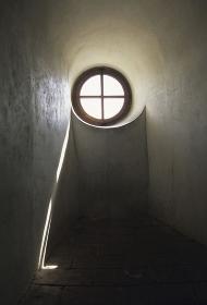 丸い採光窓