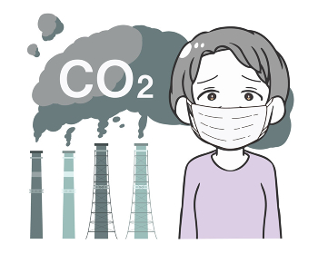 工場の排気ガス CO2 マスクの高齢女性