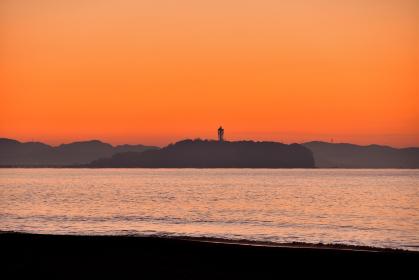 朝焼けの江の島