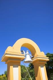 グアム島の恋人岬の鐘
