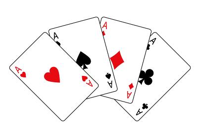 扇型に並べたトランプカード エース4枚