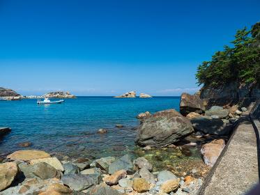 伊豆半島 青空の雲見海岸の風景 9月