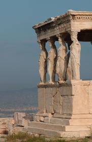 アテネに建っている古代歴史的建造物