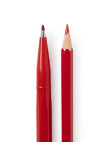 赤いペンと鉛筆