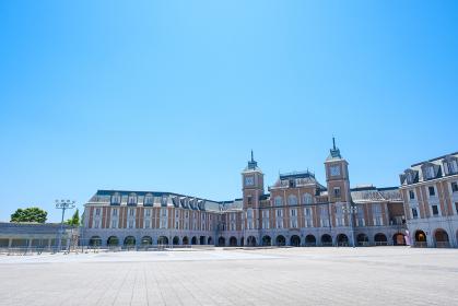 青空とヨーロッパ風の建物 神戸フルーツフラワーパーク コピースペース