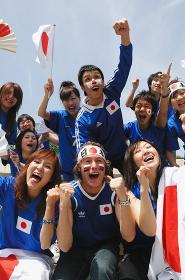 日本人のサッカー試合観客