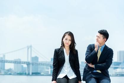 ビジネスイメージ・男性と女性・仲良し