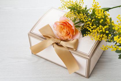 花束とプレゼントBOX