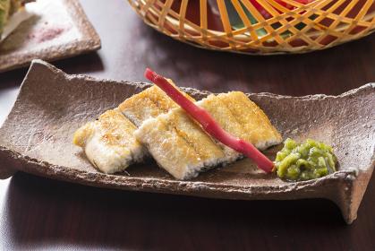 日本産うなぎの白焼き