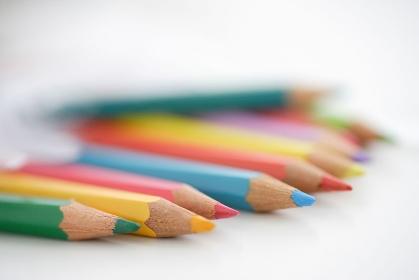 色鉛筆と天使の羽