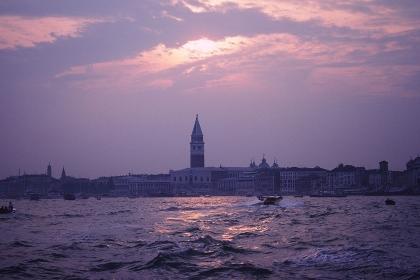 ベネチアの夕景