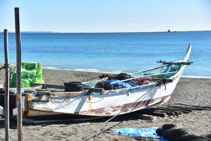 茅ヶ崎の漁港の風景