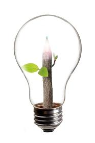 電球と色鉛筆のエコイメージ