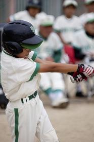 少年野球男子バッター