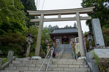 雨上がりの御岳神社の参道 東京都青梅市