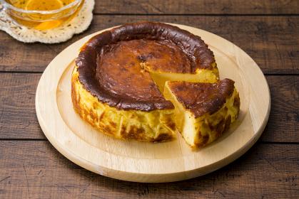 バスク風チーズケーキ ティータイムイメージ