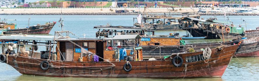 中国の漁船