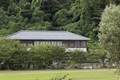 沖島小学校の校舎