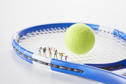 フィギュア テニスを応援する観客