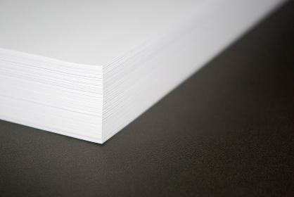 ホワイトコピー用紙の束
