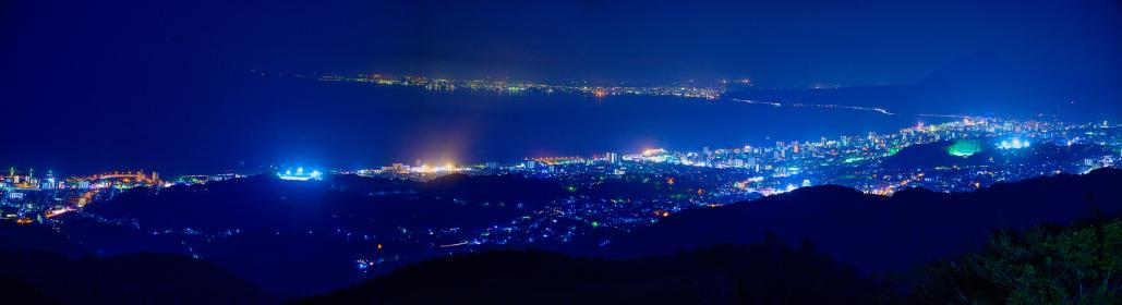 別府市十文字原展望台からのパノラマ夜景