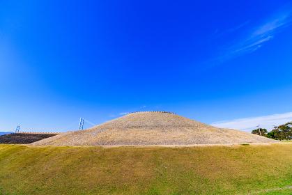 五色塚古墳 兵庫県 神戸市 (被写体の敷地外から外観を撮影しています)