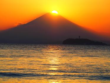 逗子海岸からのダイアモンド富士