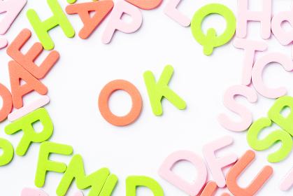 OK アルファベット 白背景