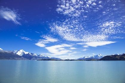アルゼンチン ノルテ水道とアンデスの山々