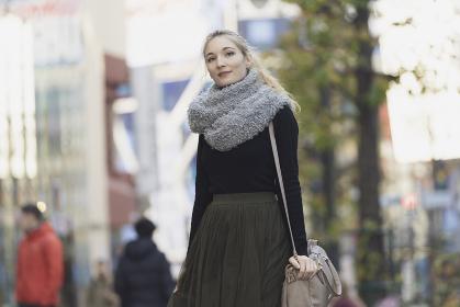 白人女性の冬のポートレート
