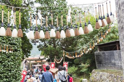 参道の筆飾り 筆祭 [広島県熊野町]