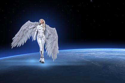 大きな純白の翼が生えたブロンドの女性が白いボディスーツを着て地球のはるか上空で笑みを浮かべ上を見る