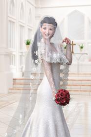 ベールをつけた純白のウエディングドレスを着た花嫁がウエディングチャペルのヴァージンロードを歩く