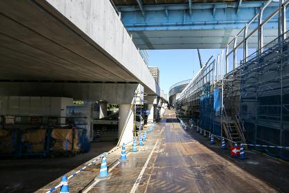 メンテナンス中の首都高速羽田線の工事現場(羽田線・東京)