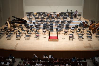 オーケストラのコンサート会場