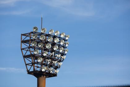 野球グラウンドの照明