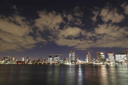 東京港ビル群夜景パノラマ