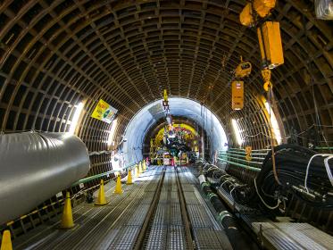 建設中の地下シールドトンネル(江東区/東京)