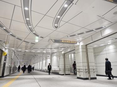 新宿副都心の地下道