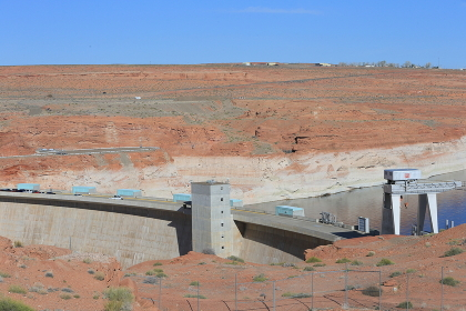 ページ レイクパウエル周辺の景色 グランドサークル アリゾナ州 アメリカ合衆国