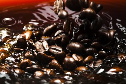 コーヒー豆の落下
