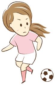 サッカーをする女の子 ドリブル