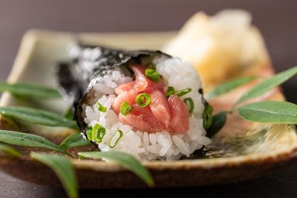 舌でとろける、トロ鉄火の手巻き寿司