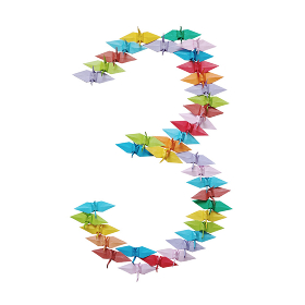 折り紙を並べて作った白バックの数字の3